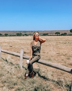 safari outfit for women
