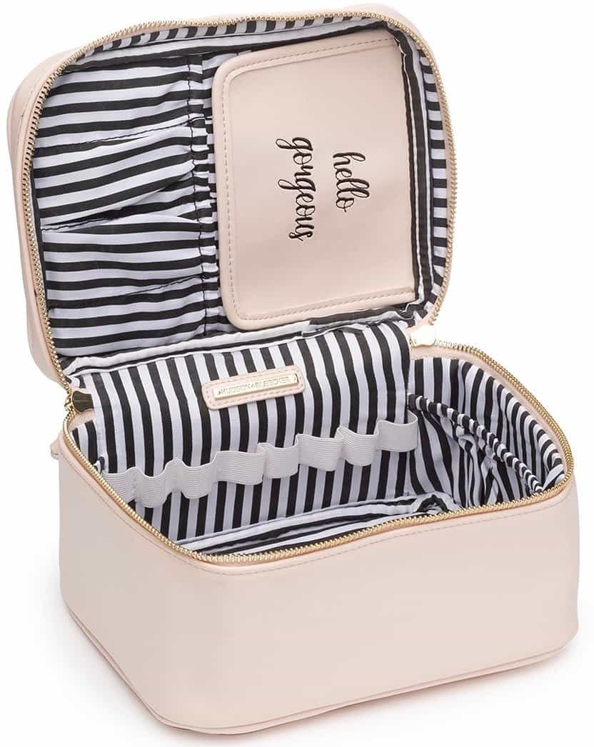 hudson and bleeker cosmetics case