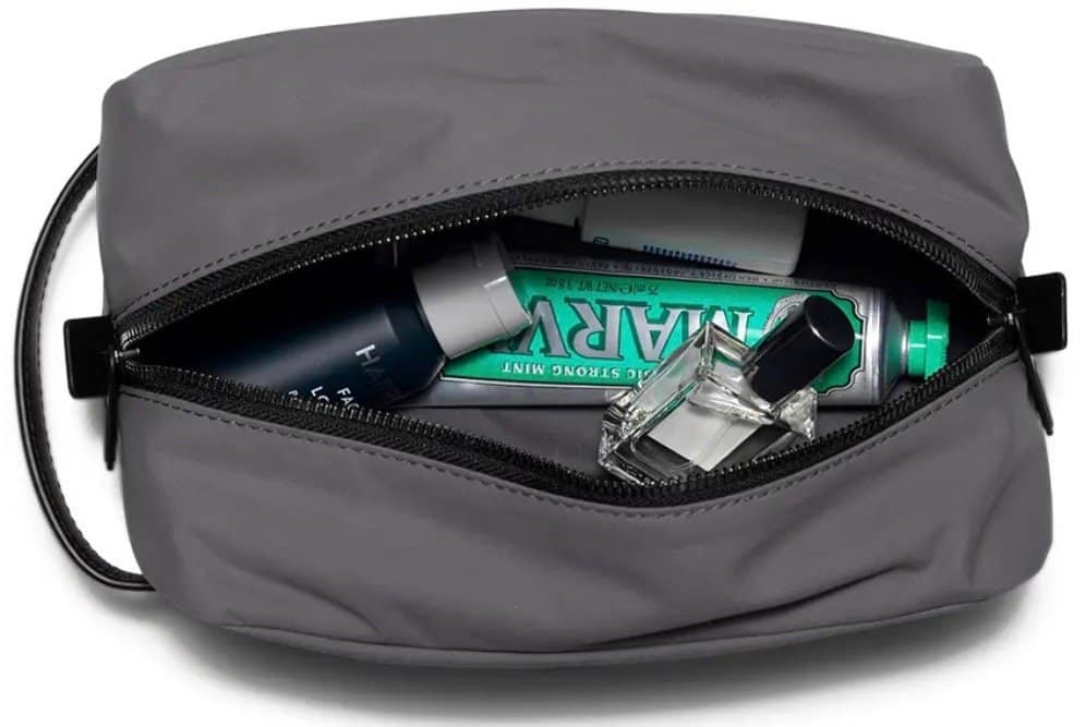 18d20cf525e3 12 Best Toiletry Bags of 2019 - Top-Rated Toiletry Bags for Travel