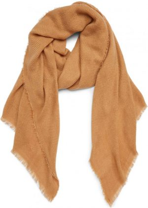 what to wear on safari blanket scarf