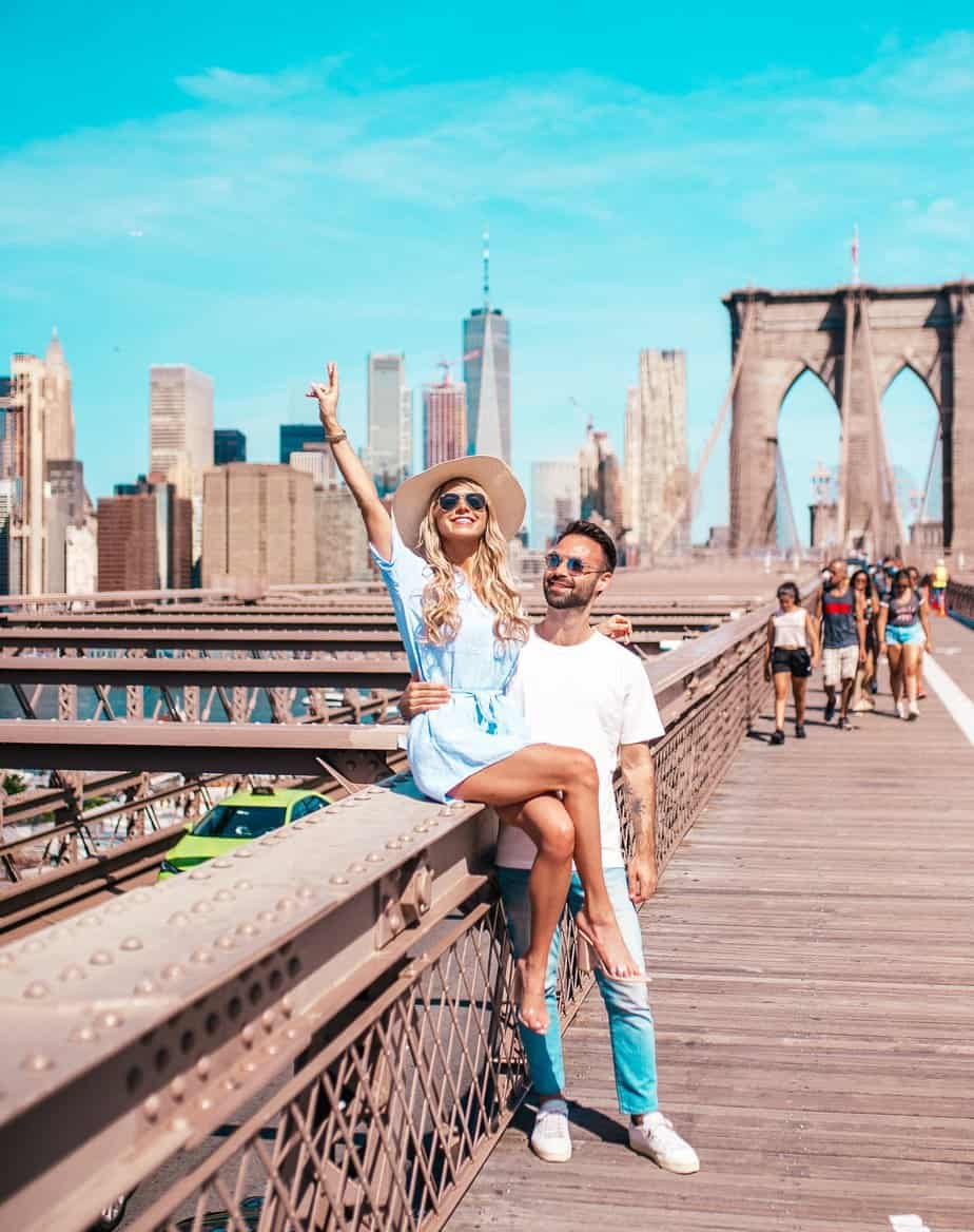brooklyn bridge couple photo nyc