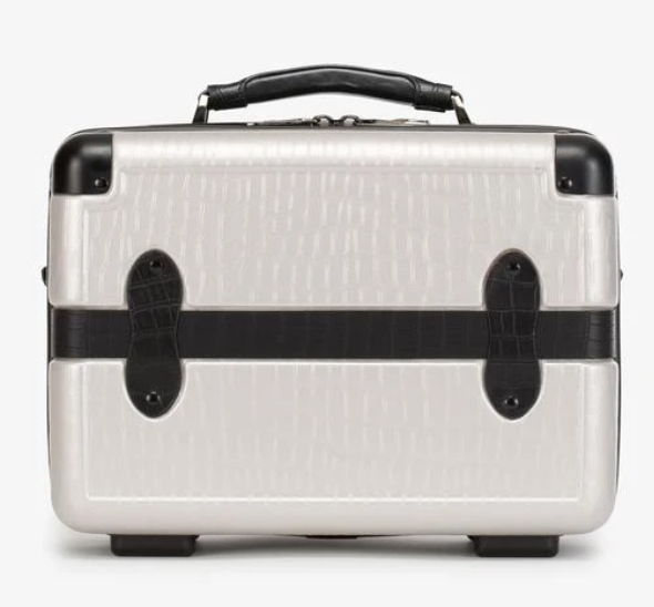 toiletry cases for travel