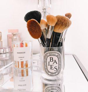 makeup brush organization idea DIY