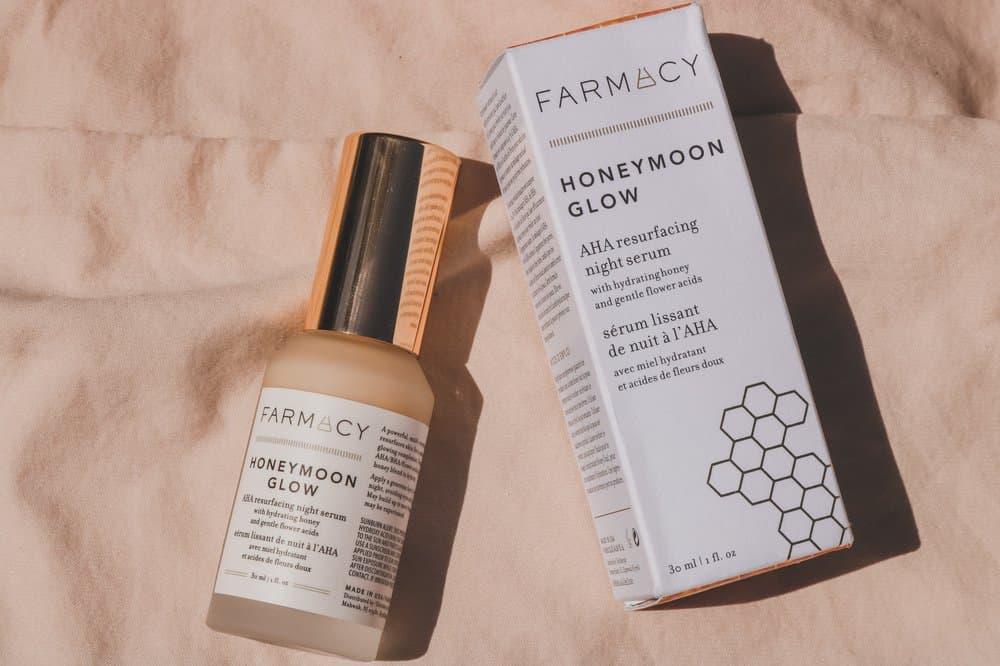 Farmacy's Honeymoon Glow AHA resurfacing night serum