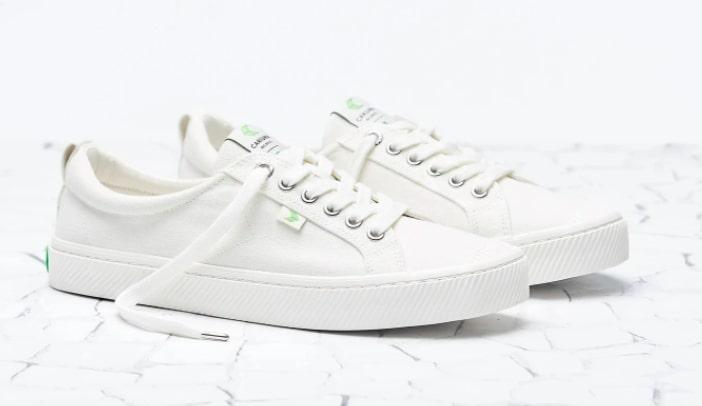 Cariuma White Sneakers for Men