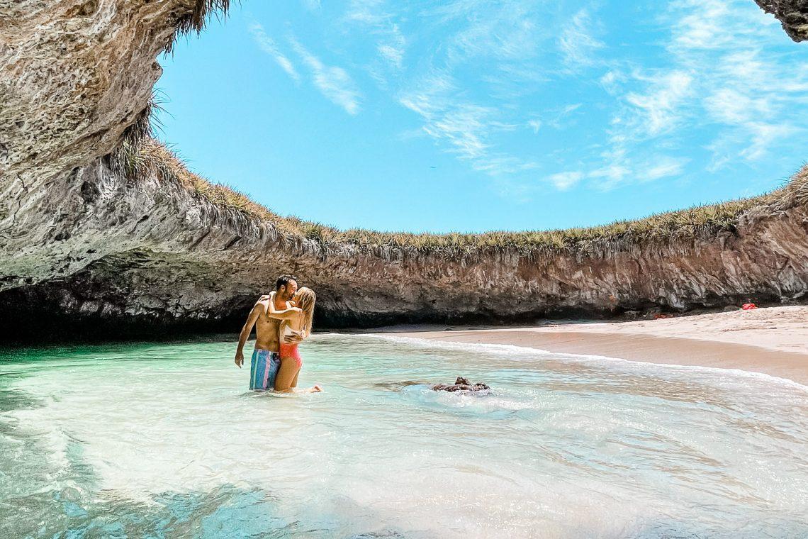 islas marietas hidden beach